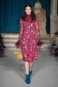 2016-Fall-Fashion-Woman-Matthew-Williamson-Collection